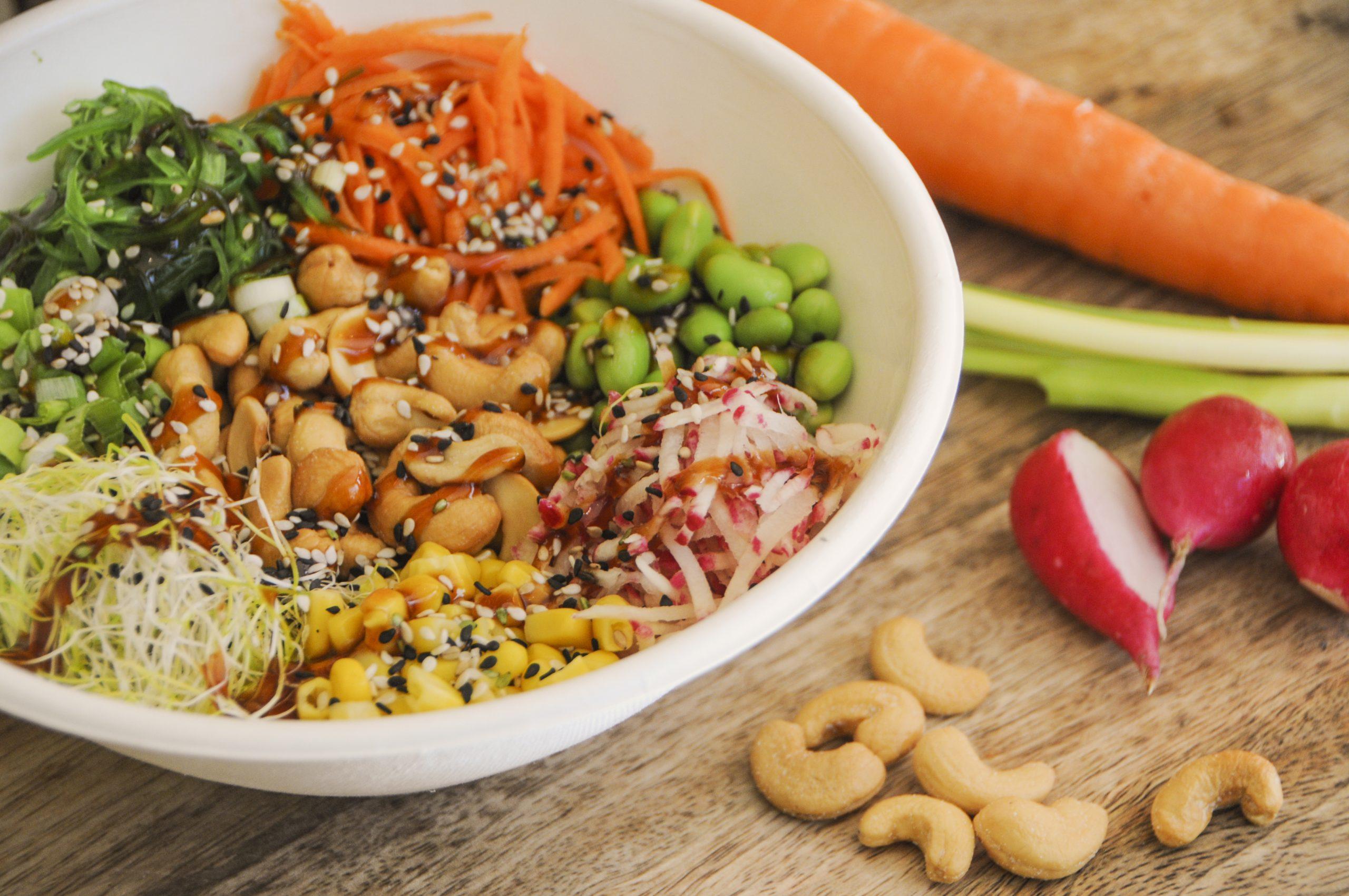 Veggie & Cashew poke bowl